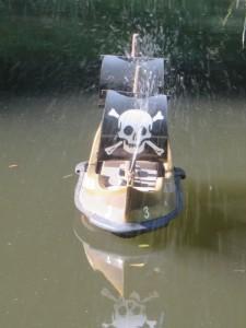 Piratenboot.JPG