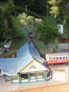 mini-a-thür Bergbahn.JPG