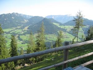 Panoramablick bis zum Untersberg.JPG