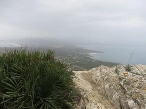 Wolkenverhangener Gipfelblick.JPG
