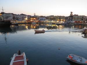 Am Hafen Rethymnon.JPG