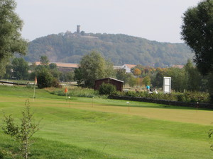 Mühlburg überm Golfplatz.JPG