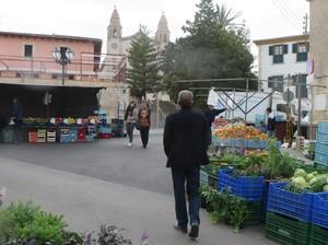 Markt in Calvia.JPG