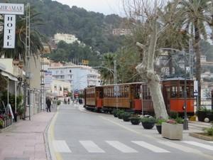 Straßenbahn in Port Soller.JPG