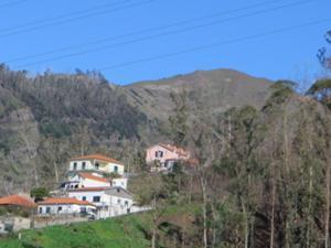 Blick vom Monte zum Pico Arieiro.JPG