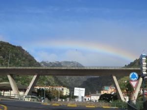 Regenbogen über Santa Cruz.JPG