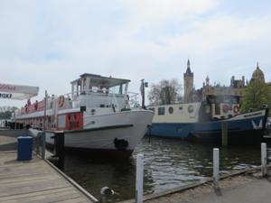 Schiffsanleger Schwerin.JPG
