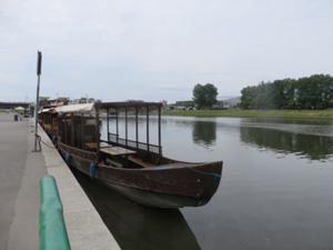 Bootsanleger unterm Wawel.JPG