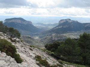 Tafelberge Alaro und Alcadena.JPG