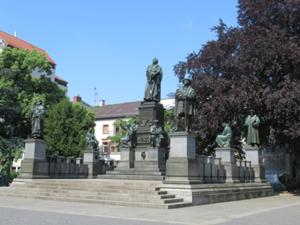 Lutherdenkmal in Worms.JPG