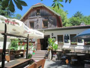 Wechmarer Hütte.JPG
