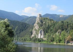 Burg Strecno 1.JPG