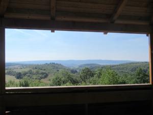 Schöne Aussicht mit Blick zum Kyffhäuser.JPG