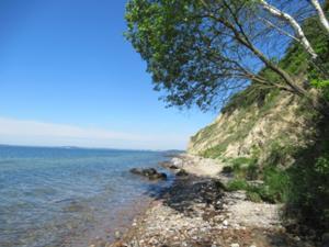 Steilküste am Nonnenloch.JPG