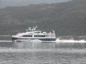 Expressboot nach Bergen.JPG