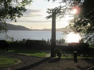 Nordnesparken Bergen am Abend 1.JPG