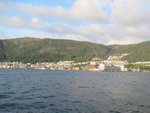 Nordnesparken Bergen am Abend 2.JPG
